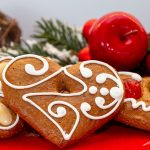 Vegan gingerbread cookies for guilt-free Christmas treats
